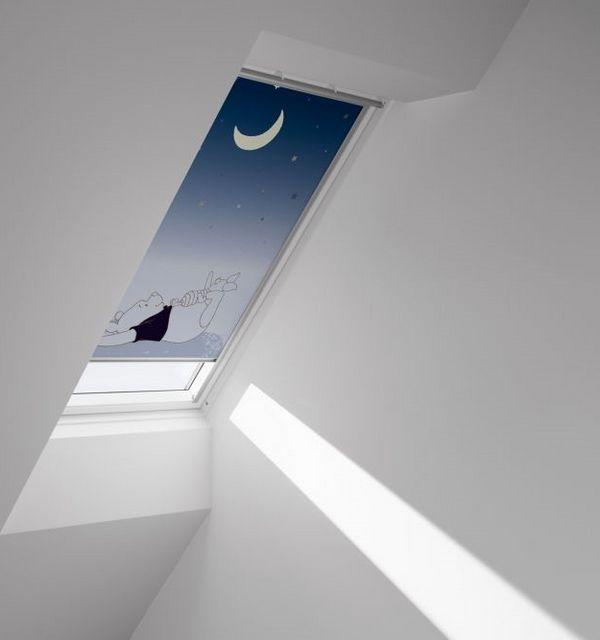 sjenilo za krovni prozor 55 x 98 cm velux siesta dkl disney ck04. Black Bedroom Furniture Sets. Home Design Ideas
